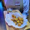 Сыр-фри с соусом белые грибы The Pub