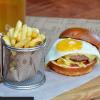 Бургер Ronni с картофелем фри The Pub